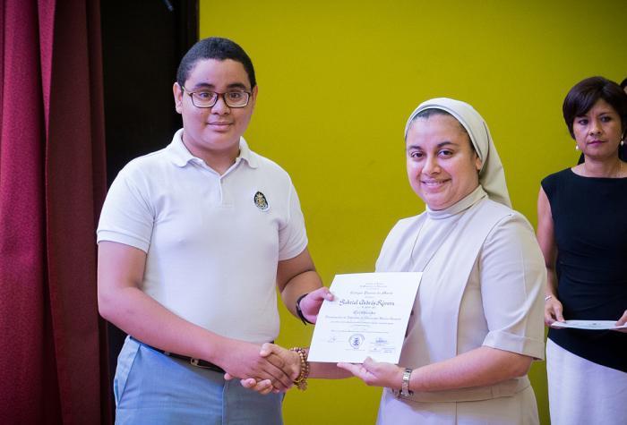 Graduación del Colegio Pureza de María 2019 9no,