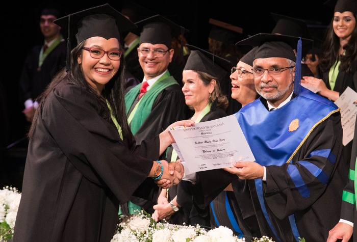 Universidad de Panama Facultad de Medicina Promocion Febrero 2020 Ceremonia de Graduacion,